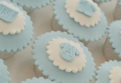 Baby boy cupcakes  (Inspirasjon til dåpen) Baby Boy Cupcakes, Cupcakes For Boys, Baby Cupcake, Fondant Baby, Baby Cookies, Baby Shower Cupcakes, Fun Cupcakes, Shower Cakes, Baby Shower Parties