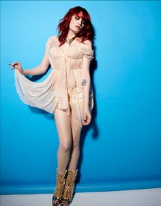 See Florence + the Machine pictures, photo shoots, and listen online to the latest music. Machine Photo, Florence The Machines, Florence Welch, Great Pic, Latest Music, How Beautiful, Cover Up, Wonder Woman, Singer
