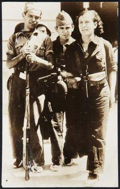 Spain - 1936. - GC - @ Centelles, Agustí: Voluntarios para el frente