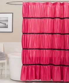 Shower in style and create a classy atmosphere with this elegant curtain. With ravishing ruching and sequin-embellished fabric, this piece gives the bathroom a posh backdrop.