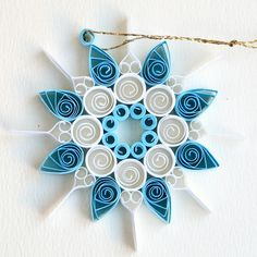 https://flic.kr/p/Bv51A3 | 8 point open circle blue and white quilled snowflake