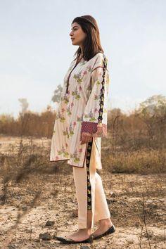 Stylish Summer Outfits, Stylish Dresses For Girls, Stylish Dress Designs, Beautiful Pakistani Dresses, Pakistani Dresses Casual, Pakistani Dress Design, Sleeves Designs For Dresses, Dress Neck Designs, Stylish Dress Book