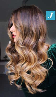 30 Caramel hair color Everything you ask about caramel hair color is hidden in this article! Have you recently made the color of your caramel hair? Hair Color And Cut, Cool Hair Color, Hair Color Caramel, Brown Ombre Hair, Auburn Hair, Brunette Hair, Great Hair, Hair Highlights, Gorgeous Hair