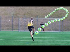 Soccer Moves That Drive Defenders Crazy! - YouTube