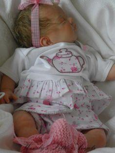 Beautiful Lifelike Reborn Baby Girl Doll