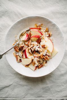 Healthy breakfast - steel cut oats with apples, pecans and toasted coconut Healthy Breakfast Recipes, Healthy Snacks, Healthy Recipes, Oats Recipes, Good Food, Yummy Food, Toasted Coconut, Breakfast Time, Breakfast Cereal