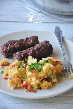 Cartofi razuiti la tigaie cu ceapa si ardei, o garnitura delicioasa si savuroasa Recipe Maker, Easter Recipes, Easter Ideas, Easy Peasy, Stay Fit, Fried Rice, Lose Weight, Healthy Recipes, Cooking