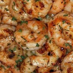 Ruth's Chris New Orleans-Style BBQ Shrimp Recipe - This shrimp is out of this world! Ruth's Chris New Orleans-Style BBQ Shrimp is the perfect recipe for any cookout or Summer celebration! Fish Recipes, Seafood Recipes, Great Recipes, Cooking Recipes, Healthy Recipes, Recipies, Brunch Recipes With Shrimp, Copycat Recipes, Italian Shrimp Recipes