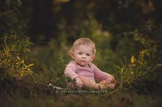 des moines iowa child photographer children's photo session 1 year old pictures spring blooms des moines iowa best child baby photographer iowa