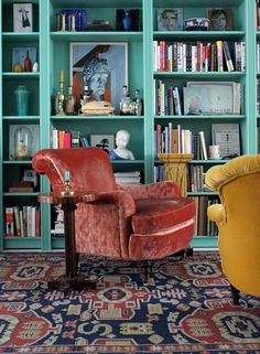 Armed with lots of paint and some gorgeous antiques designer Kyle Marshall and artist Matt Smoak transformed their dark. Jewel Tone Decor, Jewel Tones, Built In Furniture, Luxury Furniture, Built In Bookcase, Bookshelves, Living Room Green, Room Organization, Decoration