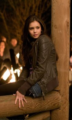 The Vampire Diaries | Elena Gilbert Omg season one!! She is such a natural beauty