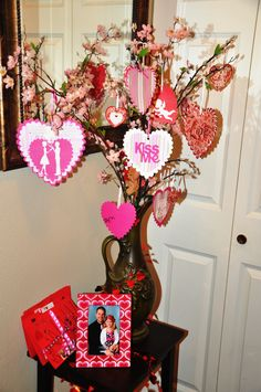 Hearts and love Valentine Tree