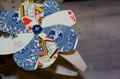 How to Reuse Playing Cards to Liven up an Old Headband. Christmas Past, Christmas Crafts, Christmas Decorations, Home Crafts, Arts And Crafts, Sadie Hawkins, Old Cards, General Crafts, Card Crafts