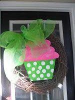 cupcake birthday wreath crazy-4-crafts