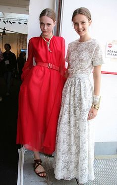 .Modest wedding dress