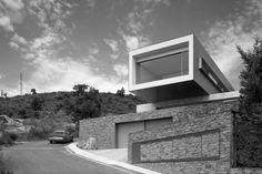 Vivienda en la Costa Brava by Mauro Conti + Joaquim Mestre Ferrer (Girona, España) #architecture