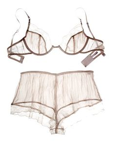 Stella McCartney  Bra £87  http://www.ilovemybra.com/media/blogs/a/stella-mccartney-lingerie-set.jpg