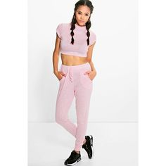 Boohoo Lydia Knitted Loungewear Set With Crop Top ($20) ❤ liked on Polyvore featuring tops, pink, pink crop top, crop top, white top, pink top and layered tops