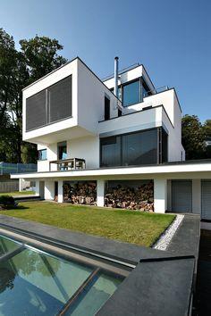 XV house by RS  Robert Skitek | HomeDSGN