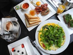 Cafe Goldegg frühstück Palak Paneer, Vienna, Austria, Restaurant, Ethnic Recipes, Food, Restaurants, Meals, Dining Rooms