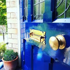 Heres DIY for day 7 of #myhousethismonth I've gone and dunked my knocker (just the one) in ketchup and soaked my lovely brass knob so theyve come up all shiny and new to match the new glossy blue paint that I treated our front door too yesterday afternoon! . . . . . #diy #victorianhome #victorianhouse #frontdoor #letterbox #brass #interiors #exteriors #dailydecordetail #colour #colourmyhome #renovation #blue