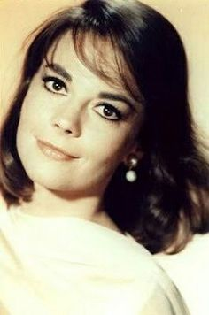 Photo of Natalie :) for fans of Natalie Wood 30425441 Natalie Wood, Classic Hollywood, Old Hollywood, Hollywood Stars, Hollywood Actresses, Most Beautiful Women, Beautiful People, Splendour In The Grass, Female Actresses