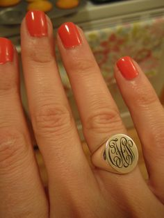 Want! Where do I get one? #Monogrammed #ring #Preppy