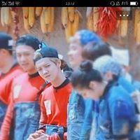 Keep Running, Luhan, Jeep, Chinese, Baseball Cards, Couple Photos, Couples, Celebrities, Makeup