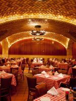12 Old New York Spots That Are Still Amazing Today #refinery29  http://www.refinery29.com/old-new-york-restaurants-bars-hotels