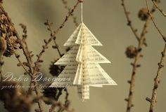 Deko-Objekte - 5 Deko Weihnachtsbäume Buchpapier 9,5x9 - ein Designerstück von Deko-Dreams-MiLala bei DaWanda