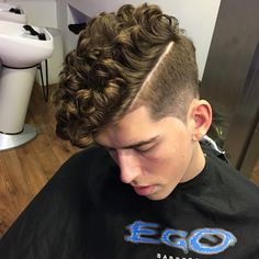 High Fade With Thick Curly Hair and Hard Parting