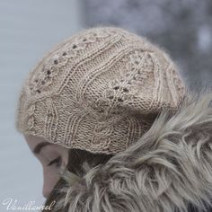 Ravelry Ravelry: Sweet Almond Hat pattern by Marianne Heikkinen - This beret is worked with lovely BFL,silk and mohair blend making it ideal for winter. Cable Knit Hat, Knit Mittens, Knitted Hats, Yarn Projects, Knitting Projects, Knitting Needles, Knitting Yarn, Knitting Designs, Knitting Patterns