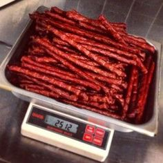 Learn how to make your own Hawt Rods and Beef Jerky using a Weston Jerky Gun and a Food Dehydrator. Deer Jerky Recipe, Jerky Recipes, Venison Recipes, Smoker Recipes, Sausage Recipes, Snack Stick Recipe, Recipe For Beef Sticks, Venison Jerky, Cheese