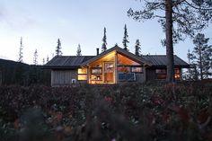 Hedda-hytte i høstlyng | Flickr - Photo Sharing!