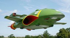 Thunderbird 2 - MJC Models | This Thunderbird 2 was built as my final major project for university.  It was based on concepts and plans drawn up for an attempted remake of the classic Thunderbirds series, which was due for release in 2004, but was ultimately cancelled due to the rights for the series changing hands during pre-production.  This is how Thunderbird 2 would have looked, had the series 'Thunderbirds IR' been released.