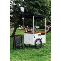 Ferla Mini Compact Vending Cart (Available in Stock) Mobile Coffee Cart, Mobile Coffee Shop, Mobile Food Cart, Ice Cream Business, Coffee Business, Ice Cream Cart, Diy Ice Cream, Food Cart Design, Led Logo