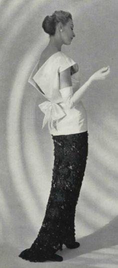 1954 - Balenciaga gown