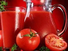 What will happen if you drink tomato juice every day? There are several key benefits why you should drink every day a glass of tomato juice. Smoothie Drinks, Smoothies, Juice Drinks, La Constipation, Acide Aminé, Canning Tomatoes, Tomato Juice, Dietitian, Fruits And Vegetables