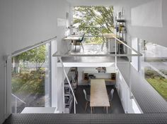 The Zen Houses delineate home and office by putting them in separate, but nearly identical, buildings. Simple Floor Plans, Zen House, Business Design, Apartment Living, Flooring, Bed, Building, Furniture, Home Decor
