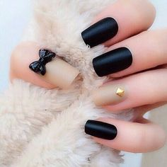Bow nail art Designs is fabricated absolutely accessible with bow stickers that you can artlessly stick on your nails. 3d Nails, Matte Nails, Black Nails, Matte Black, Black Gold, Pink Nails, Beige Nails, Stiletto Nails, Matte Gold