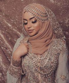DESI | Tumblr Bridal Hijab Styles, Asian Bridal Dresses, Asian Wedding Dress, Muslim Wedding Dresses, Disney Wedding Dresses, Muslim Brides, Wedding Dresses For Girls, Bridal Outfits, Muslim Couples