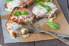 Lämpimät pepperoni-mozzarellaleivät