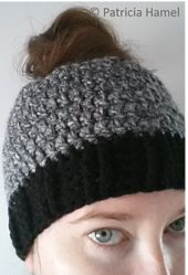 I was intrigued by the ponytail/bun beanies and wanted to create a beginner-friendly pattern that worked up quickly. This pattern is worked top-down and it starts with a hair elastic, though you can easily adapt it to start with a chain instead.