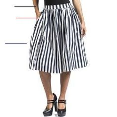 Collectif Clothing Jasmine Striped Rock knielang CollectifCollectif Informations About Sommerröcke f Midi Rock Outfit, Midi Skirt Outfit, Midi Skirts, Skirt Outfits, Mode Masculine, Plus Size Skirts, Plus Size Outfits, Rock Style, Latest Fashion Clothes