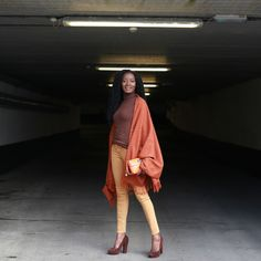 Happy Wednesday Everyone! Hope you are doing well and your week is going great. The main feature on today's look is the cape scarf. Capes come in different colours and shapes. Cape Scarf, Happy Wednesday, Capes, Casual Chic, Casual Looks, Personal Style, Sari, Colours, Touch