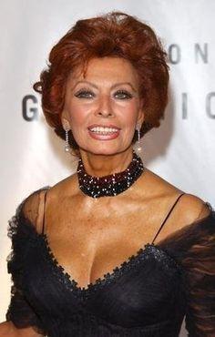 Sophia Loren (81) at premier of Dark Places in 2015