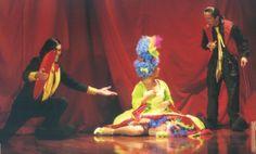 Cabaret de Palhaços www.trupilariante.com  trupilariante@trupilariante.com https://www.facebook.com/TrupilarianteCompanhiaDeTeatroCirco?ref=hl