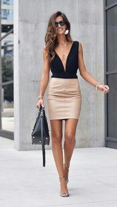 Stylish Summer Outfits, Hot Outfits, Fashion Mode, Girl Fashion, Womens Fashion, Classy Women, Sexy Women, Women With Beautiful Legs, Talons Sexy