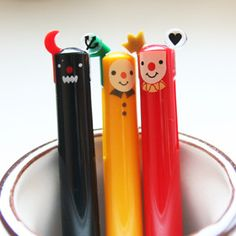 Cute pen.    Korean stationery  http://www.morecozy.com/