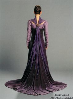 Handmaiden Motee from Star Wars: Fit for a Queen. Costume detail.